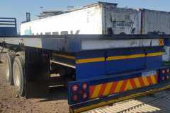 Motortrail-double-axle-flatdeck-2